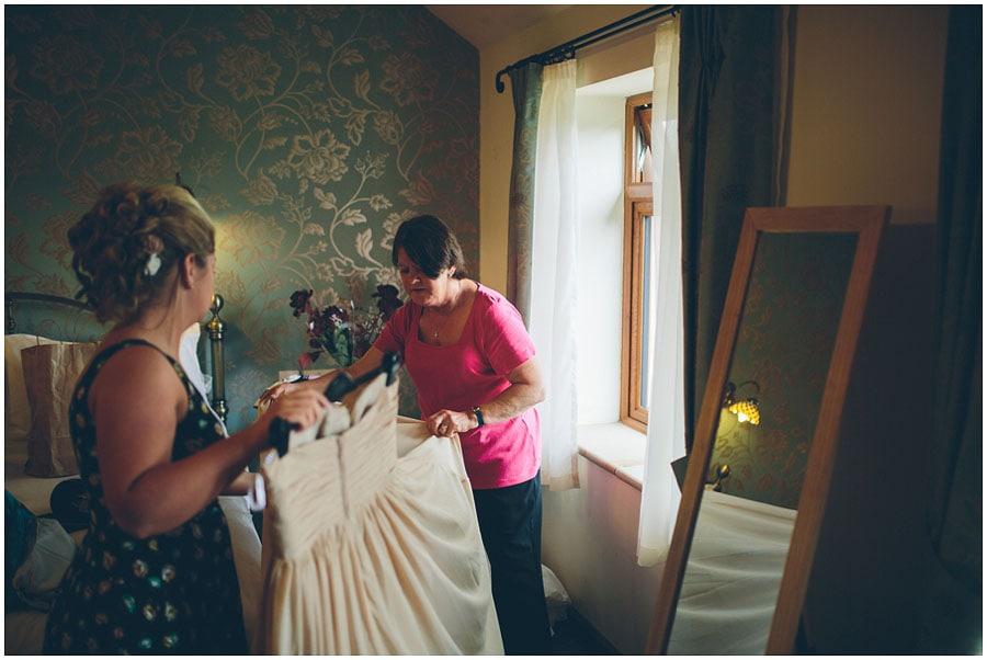 Heaton_House_Farm_Wedding_018