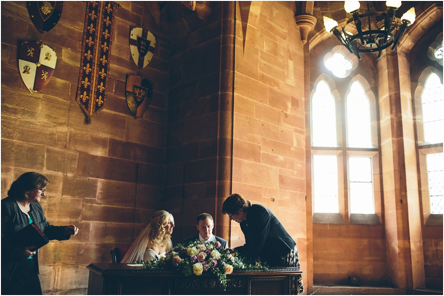 Peckforton_Castle_Wedding_Phtoography_038