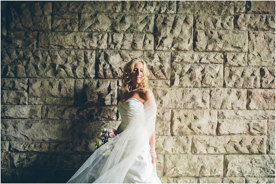 Peckforton_Castle_Wedding_Phtoography_053