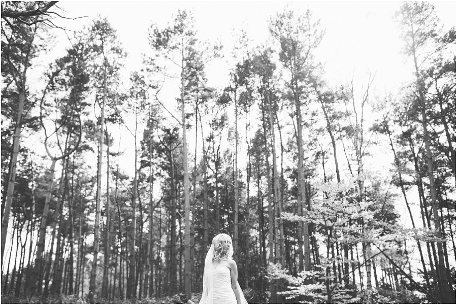 Peckforton_Castle_Wedding_Phtoography_075