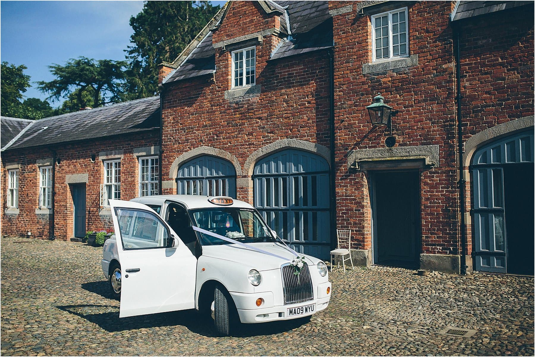 Combermere_Abbey_Wedding_Photography_0018