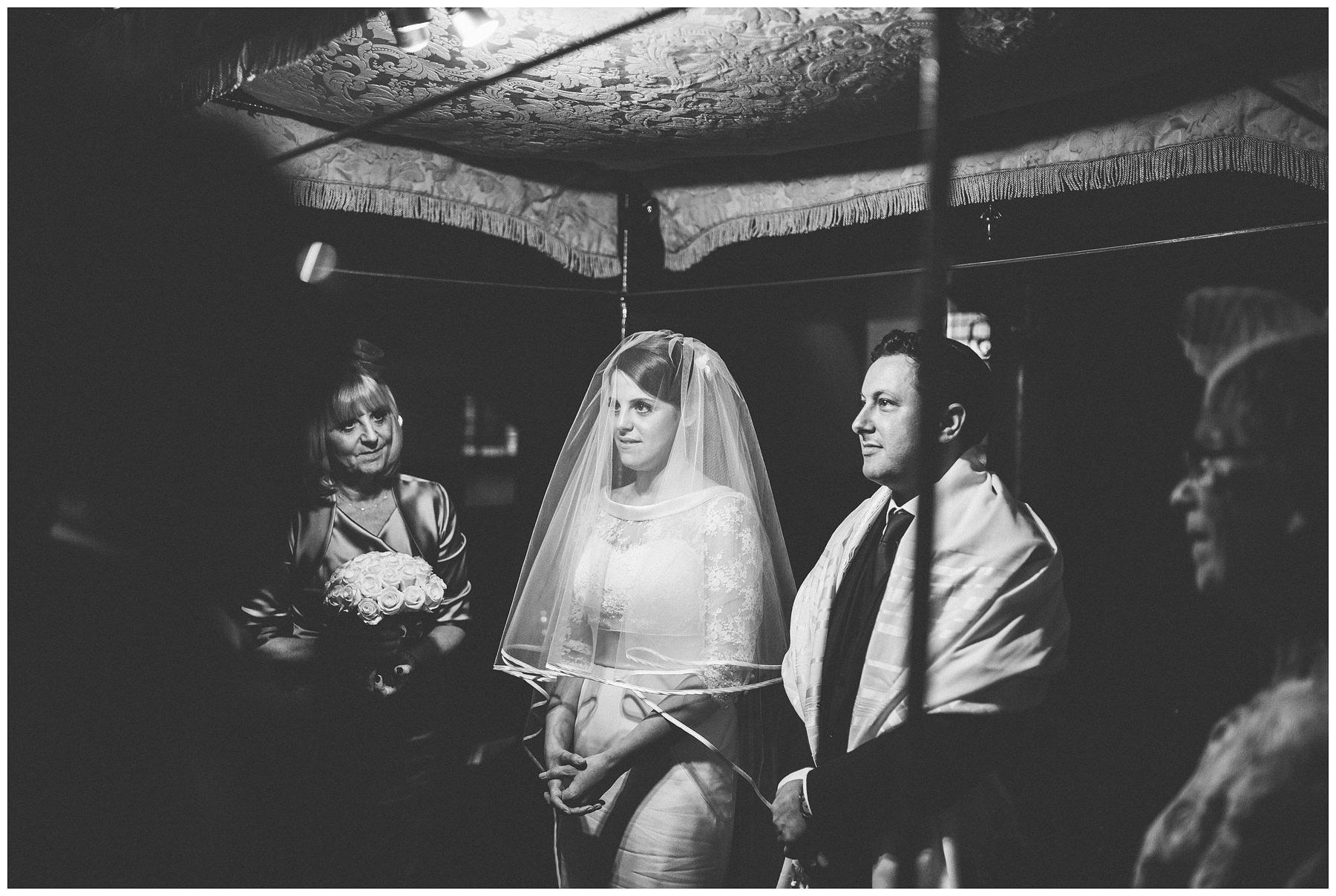 Bevis_Marks_Synagogue_Wedding_Photography_0048