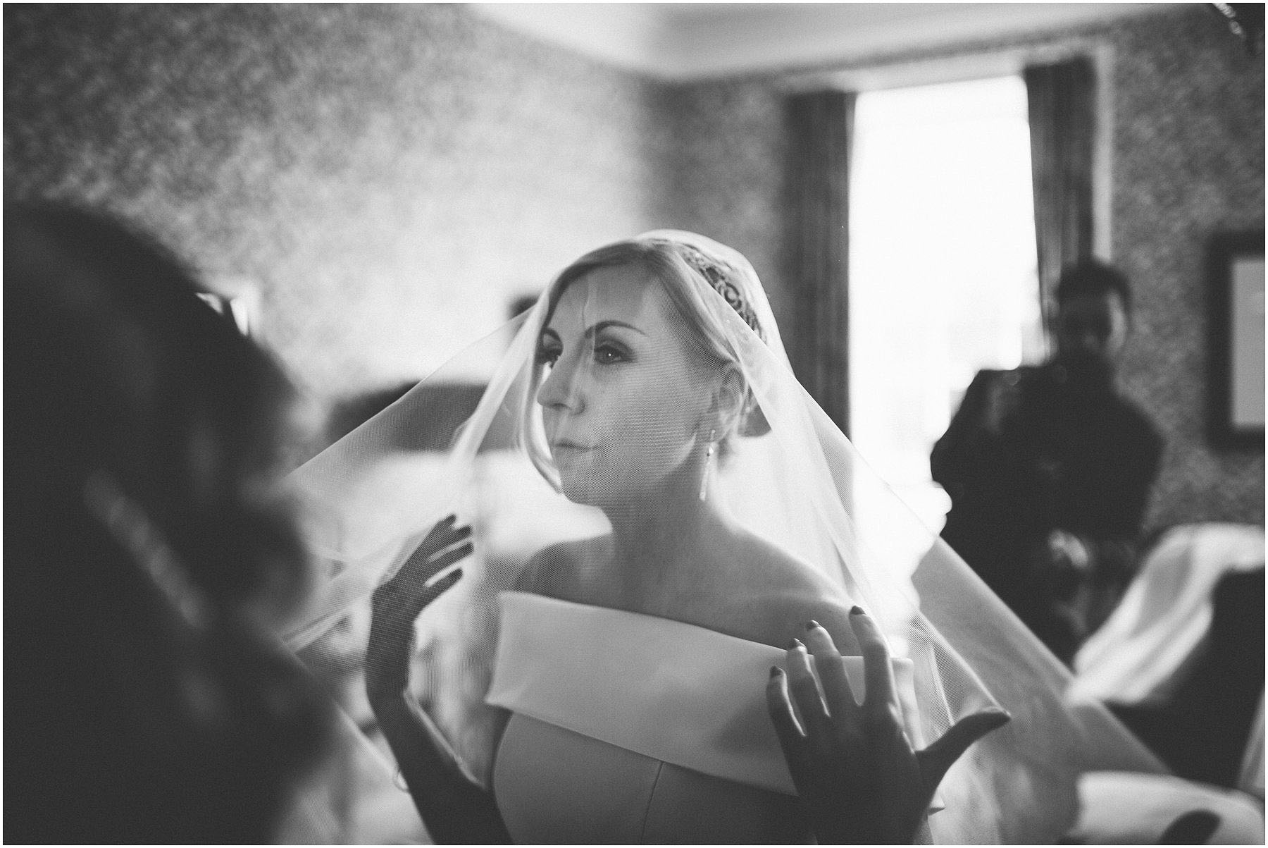 Capesthorne_Hall_Wedding_Photography_0021