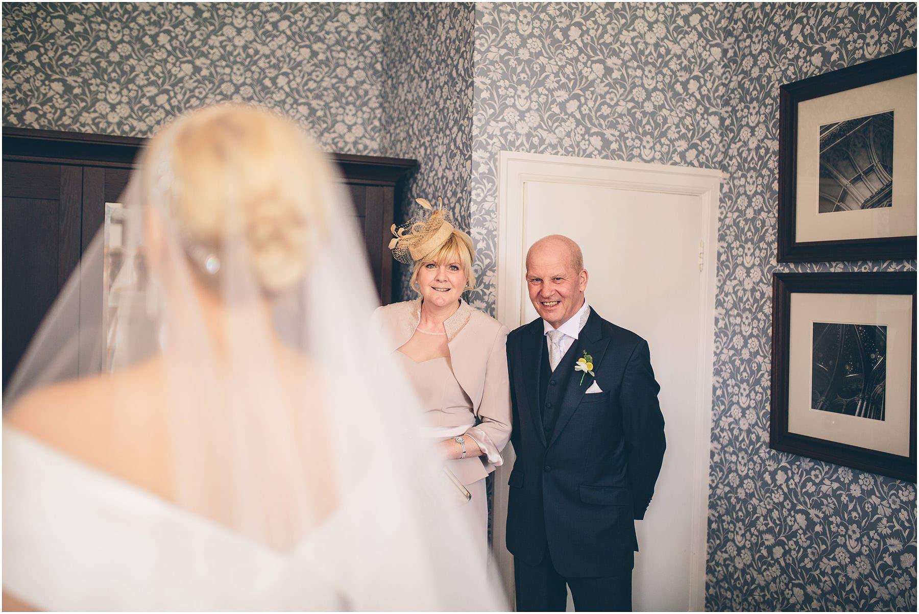 Capesthorne_Hall_Wedding_Photography_0026