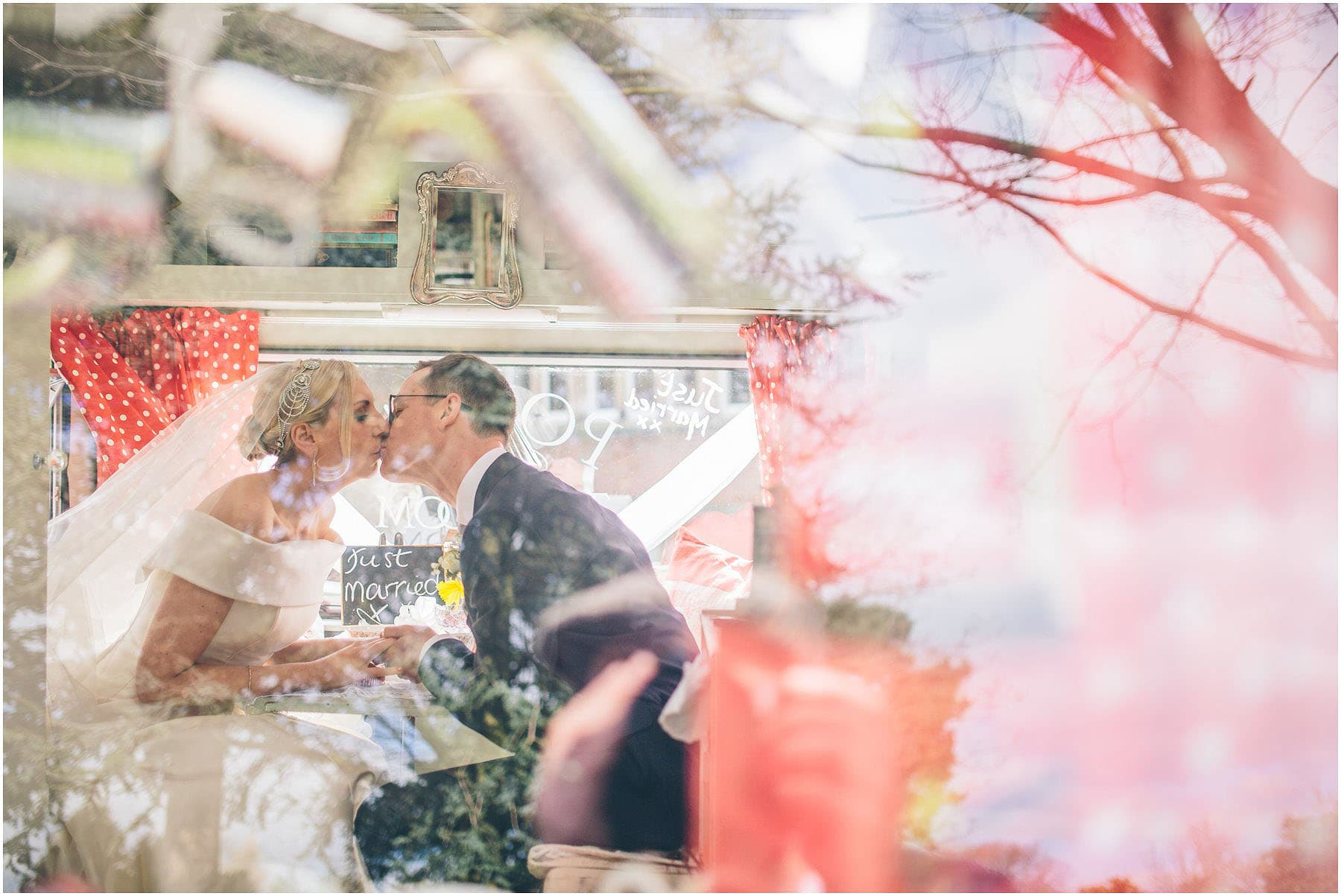 Capesthorne_Hall_Wedding_Photography_0086