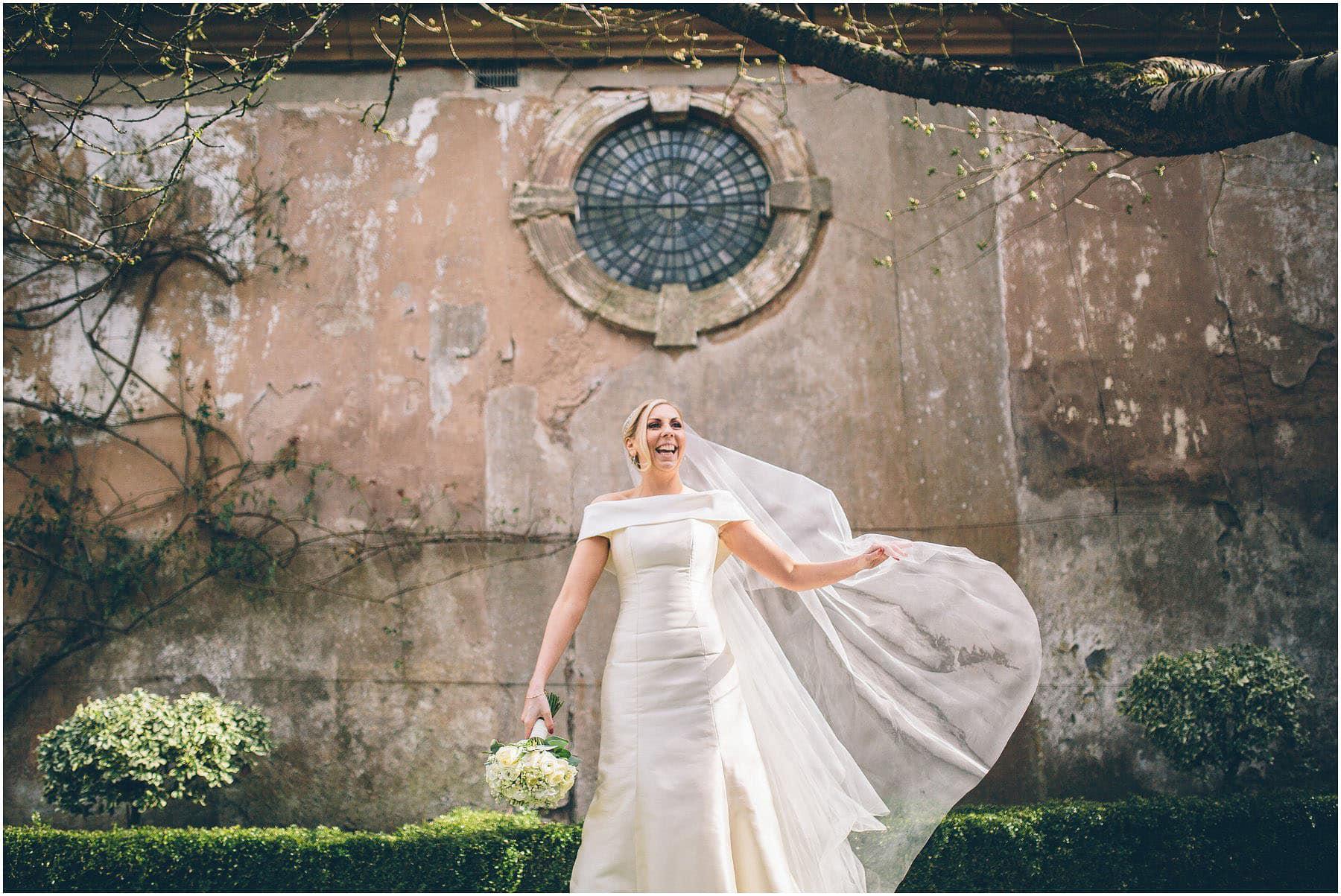 Capesthorne_Hall_Wedding_Photography_0094