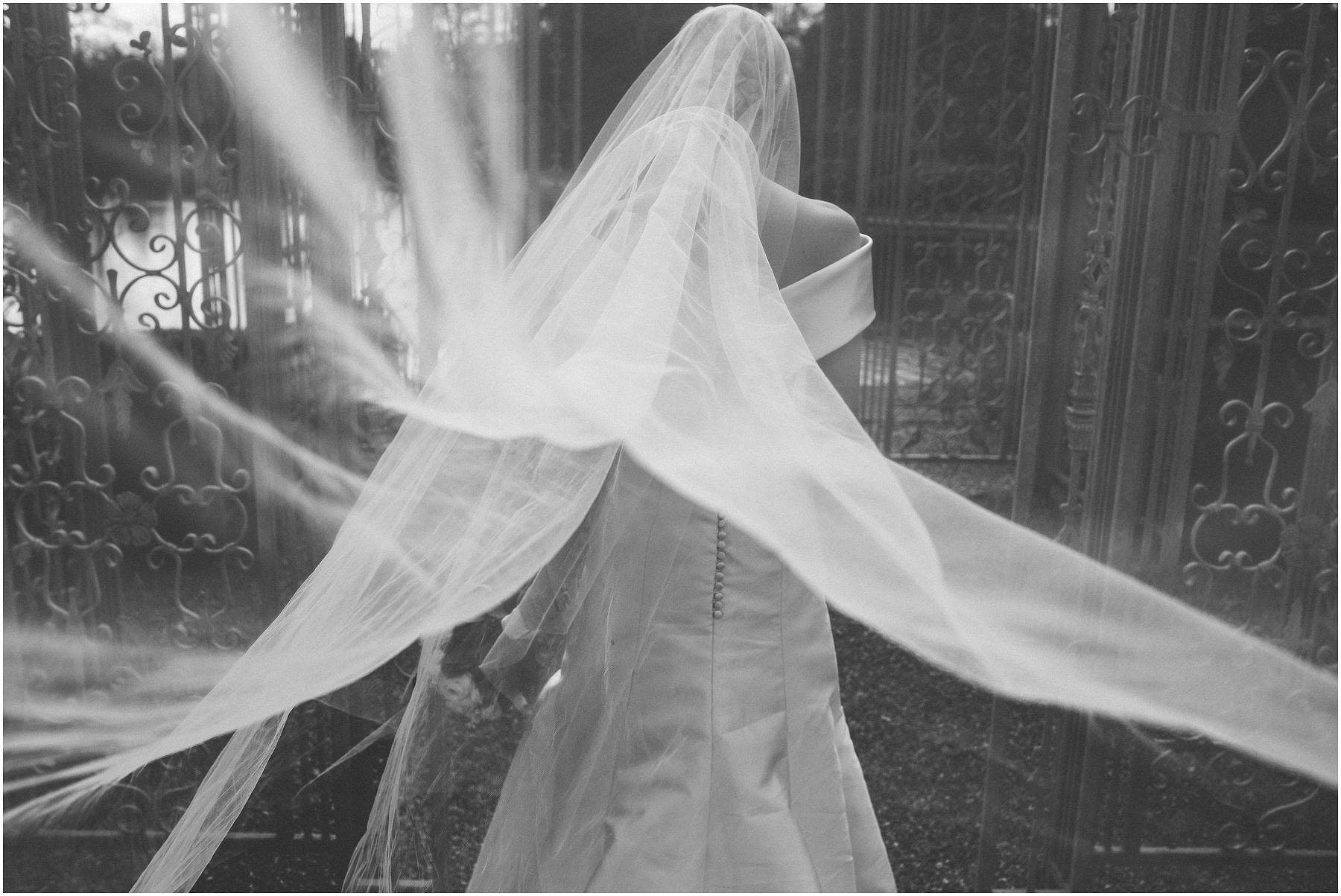 Capesthorne_Hall_Wedding_Photography_0102