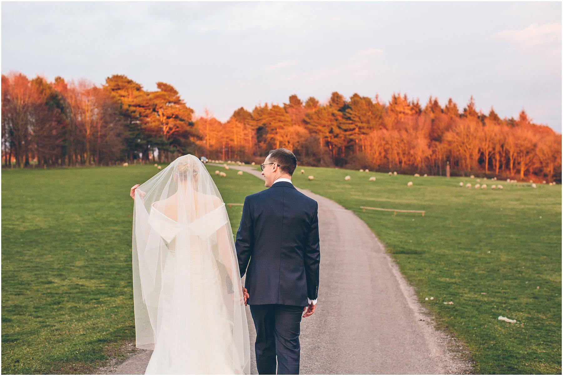 Capesthorne_Hall_Wedding_Photography_0130