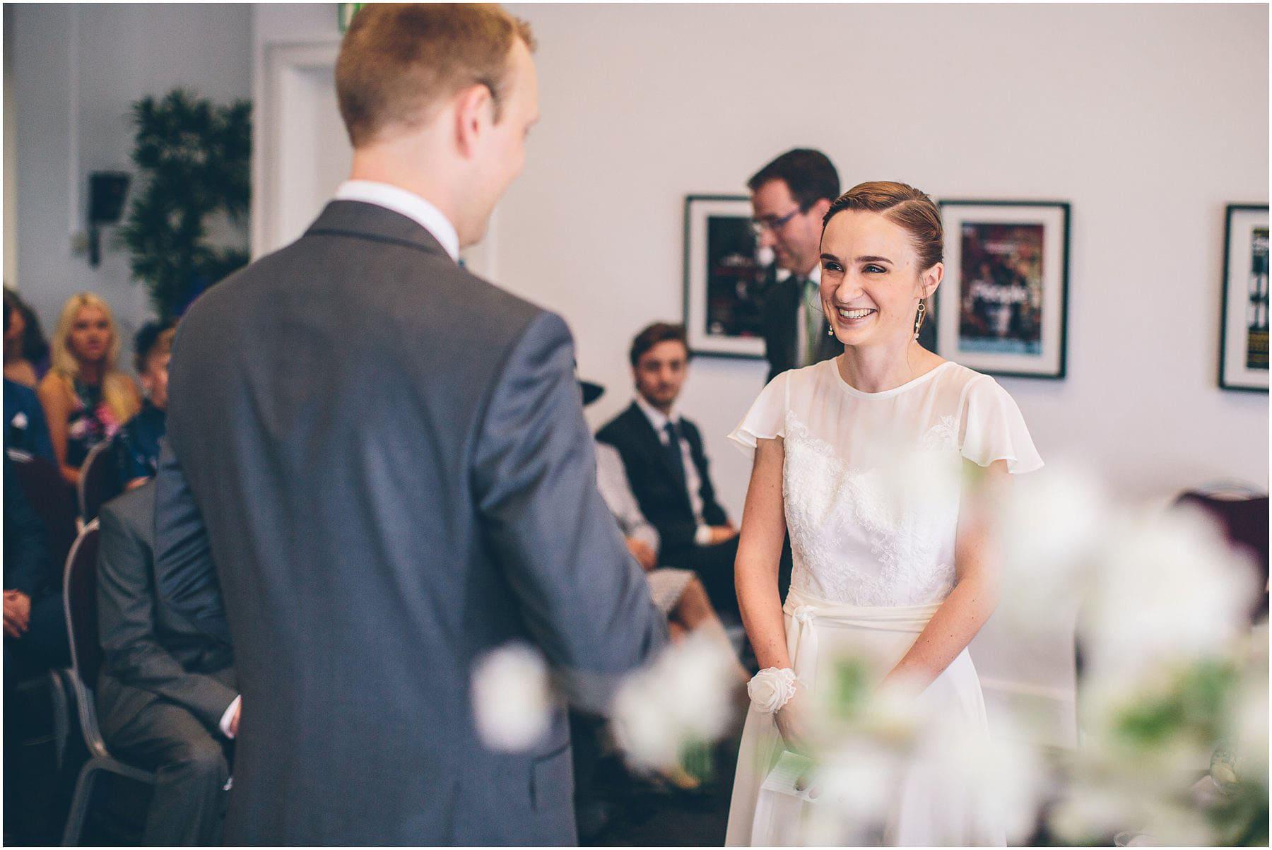 Lowry_Theatre_Wedding_Photography_0040