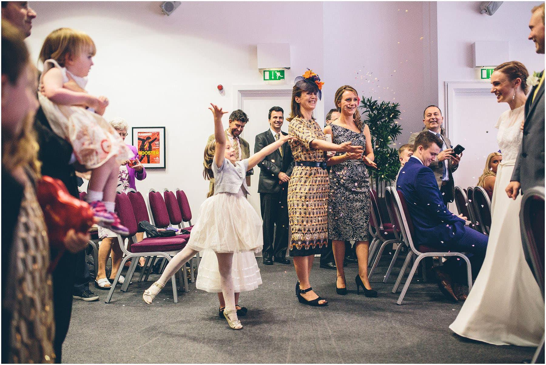 Lowry_Theatre_Wedding_Photography_0056