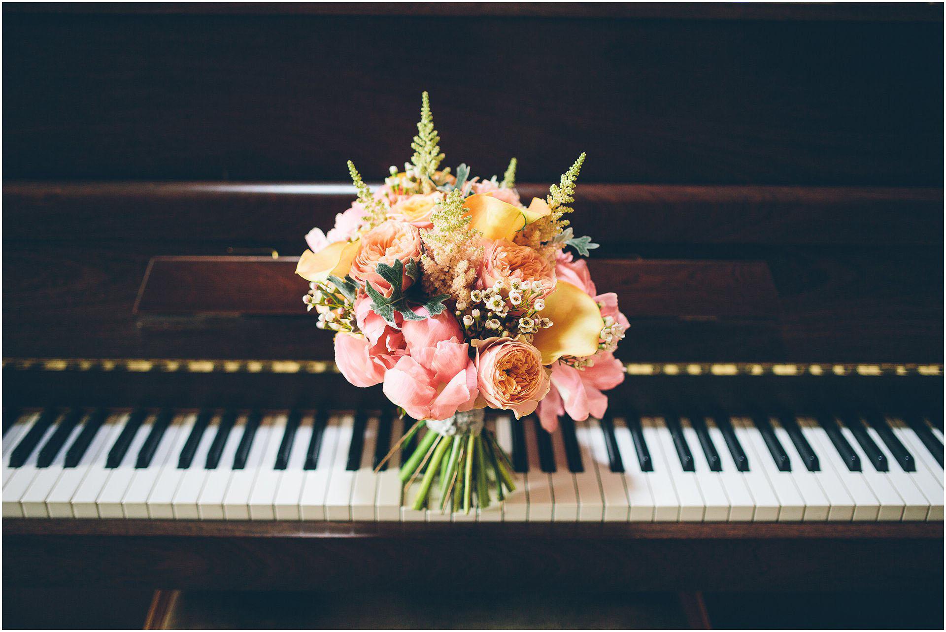Cock_O'Barton_Wedding_Photography_0032
