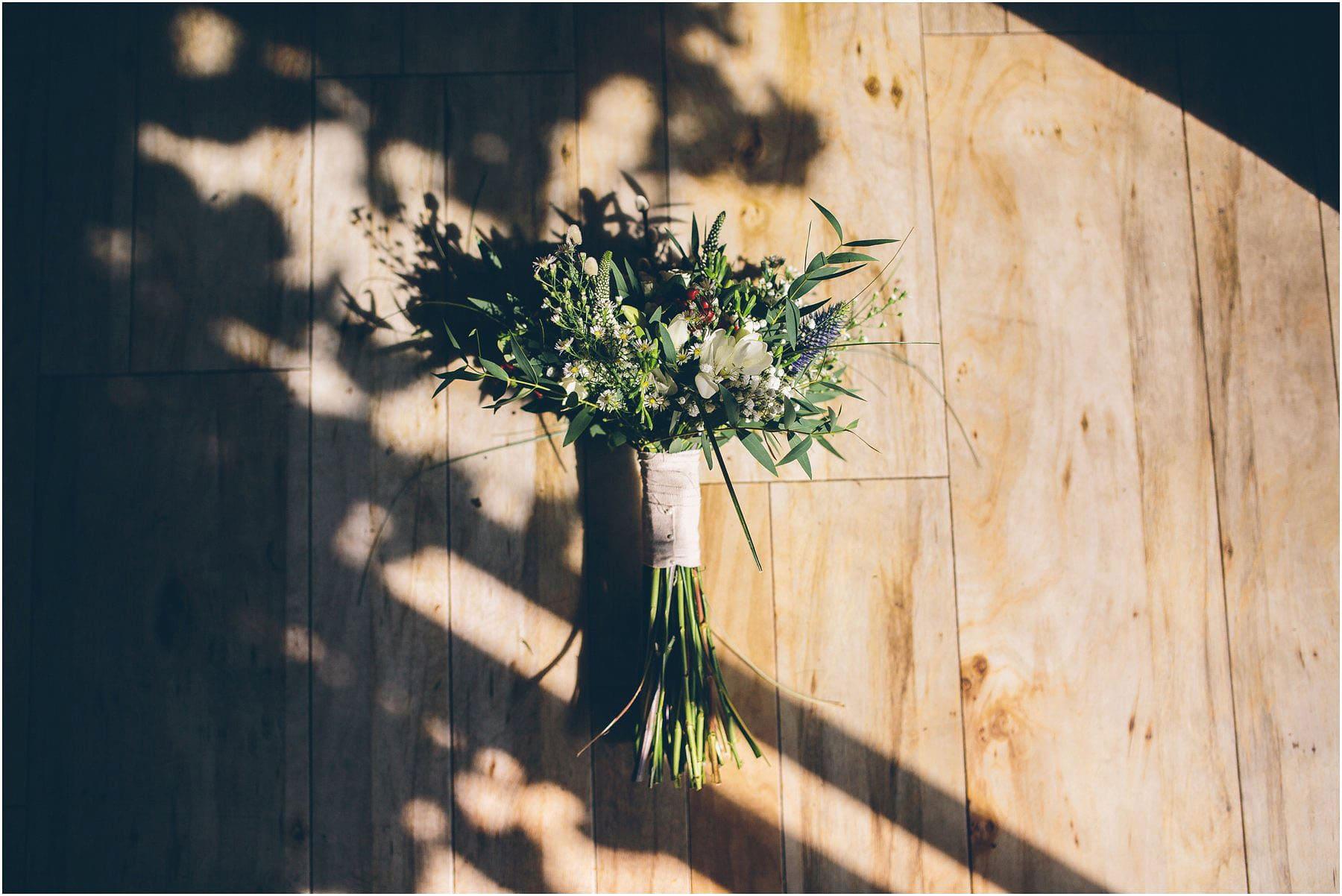 Swallows_Nest_Barn_Wedding_Photography_0011