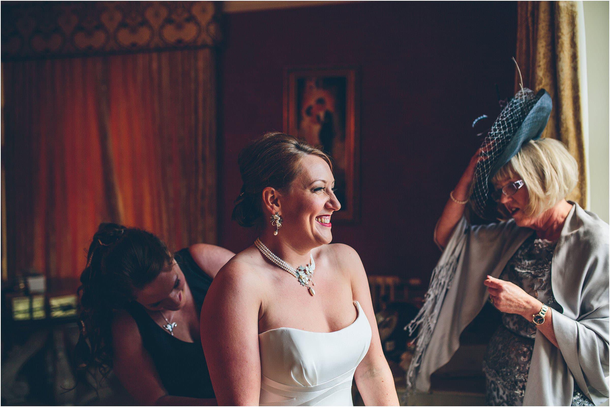Drumtochty_Castle_Wedding_Photography_0015