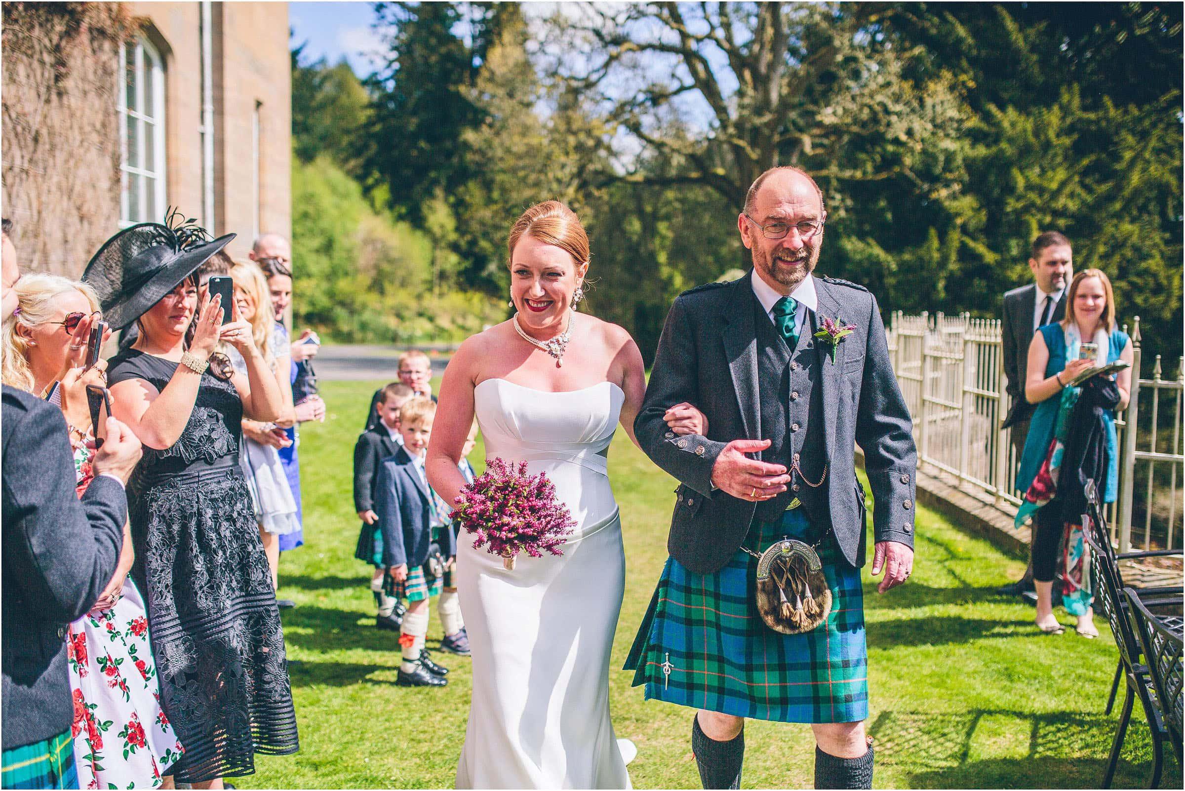 Drumtochty_Castle_Wedding_Photography_0028