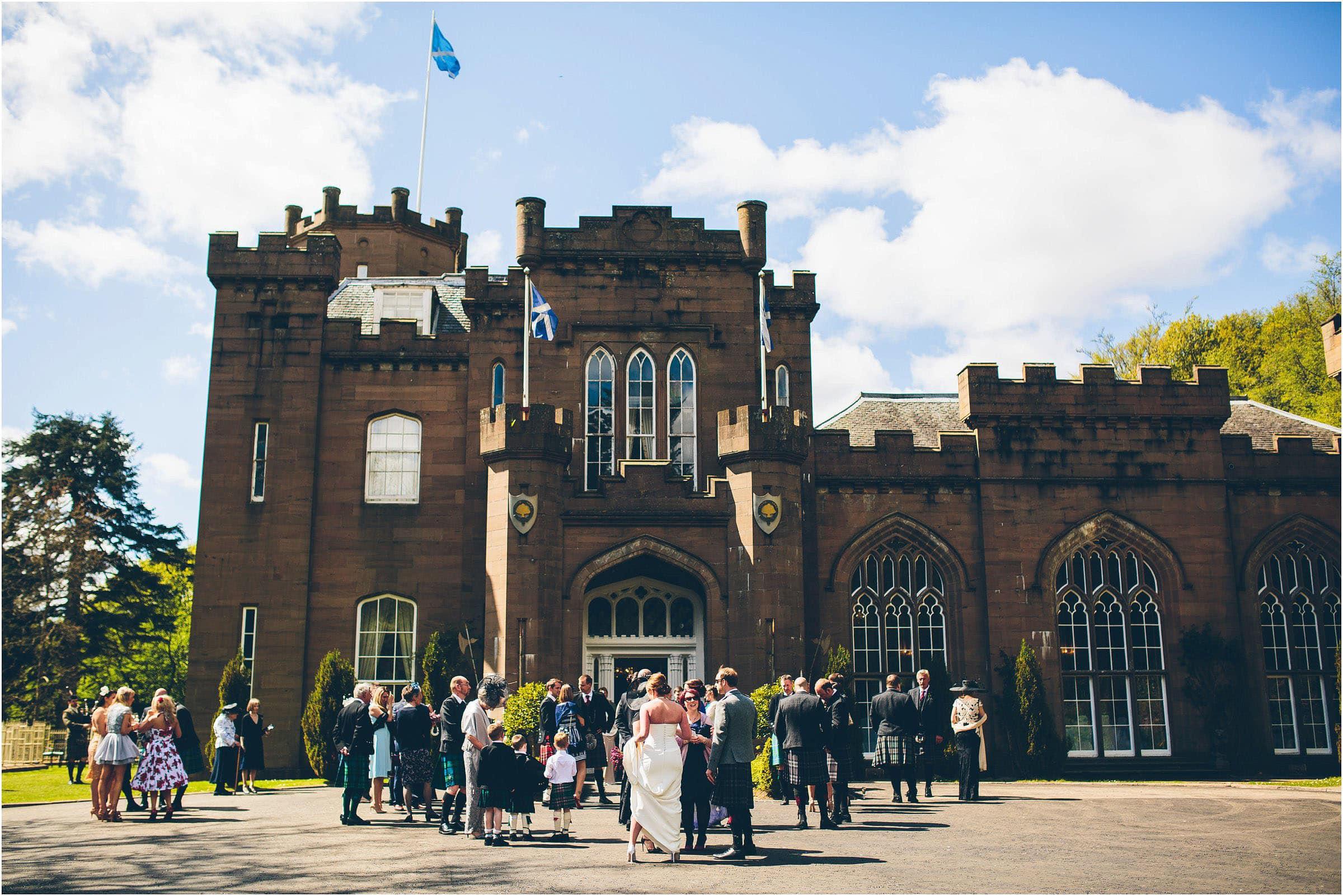 Drumtochty_Castle_Wedding_Photography_0044