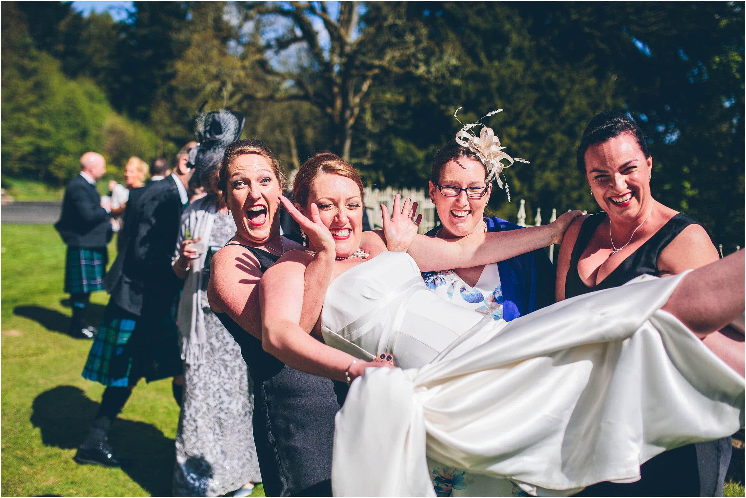 Drumtochty_Castle_Wedding_Photography_0051