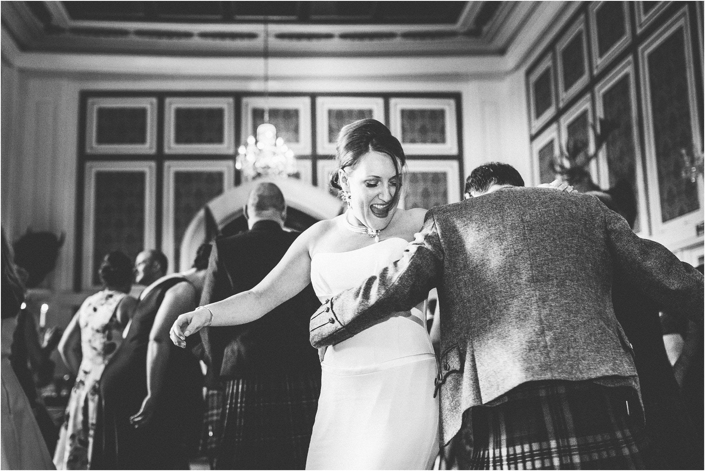 Drumtochty_Castle_Wedding_Photography_0090
