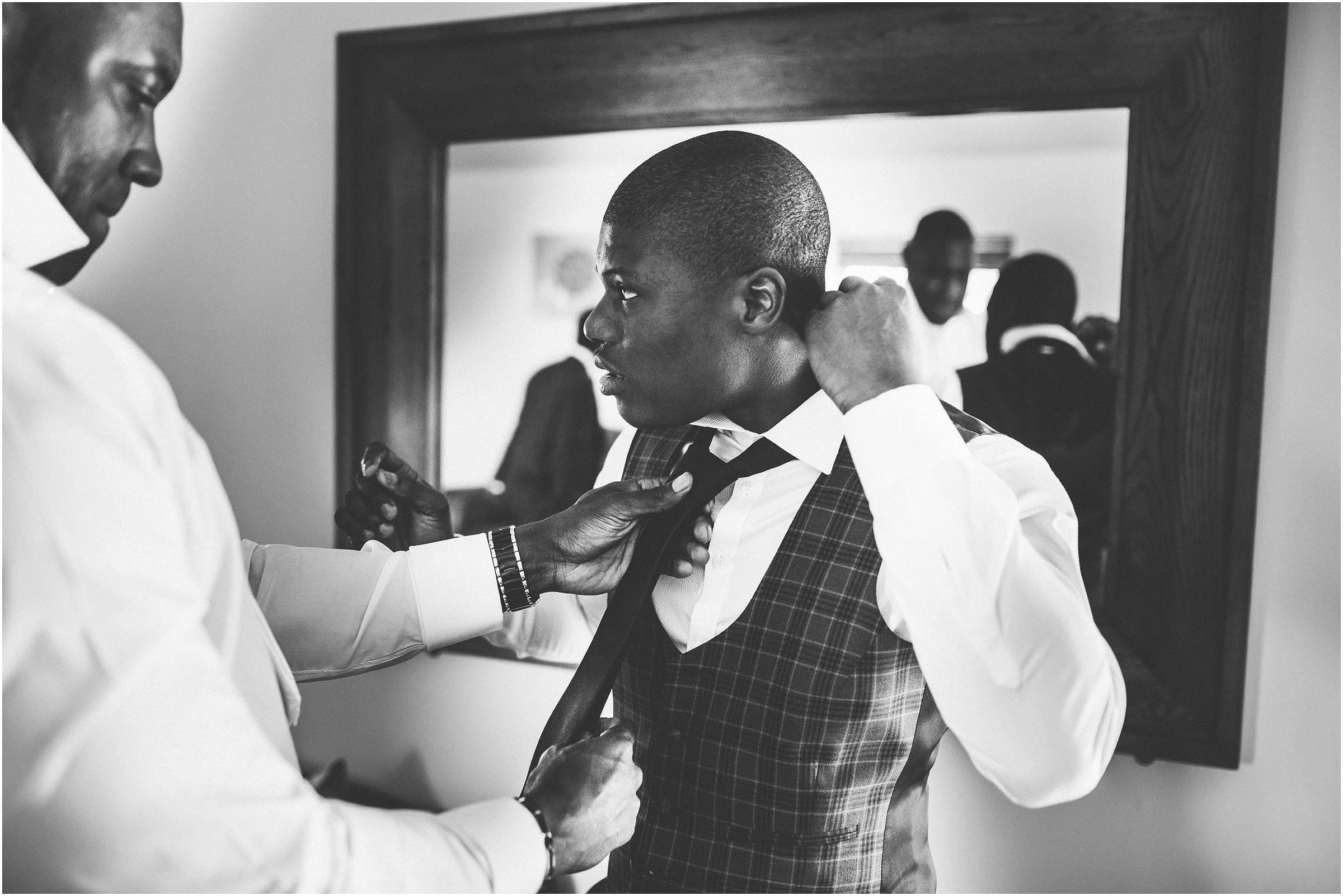 Iscoyd_Park_Wedding_Photography_0017