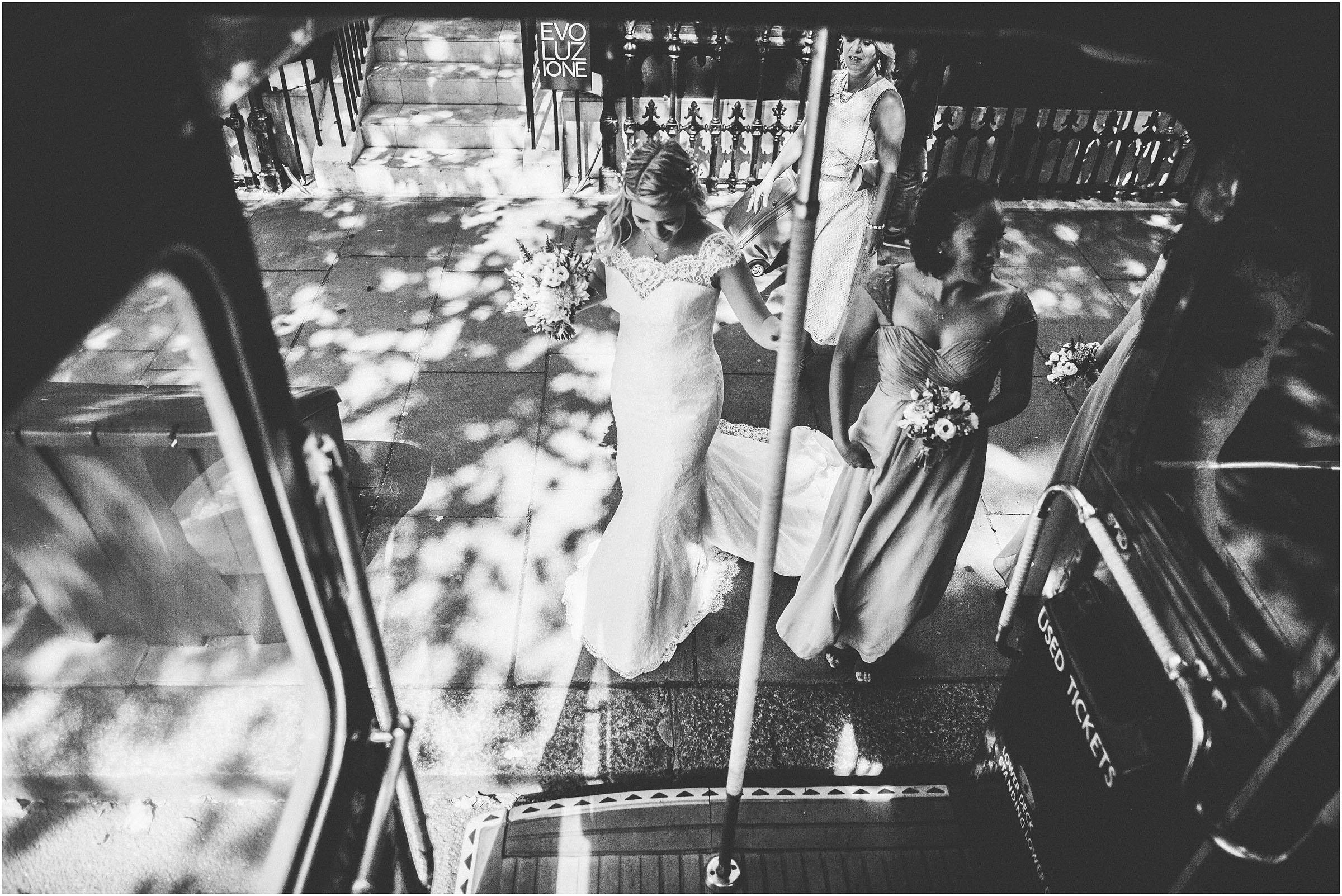 Kensington_Roof_Gardens_Wedding_Photography_0021