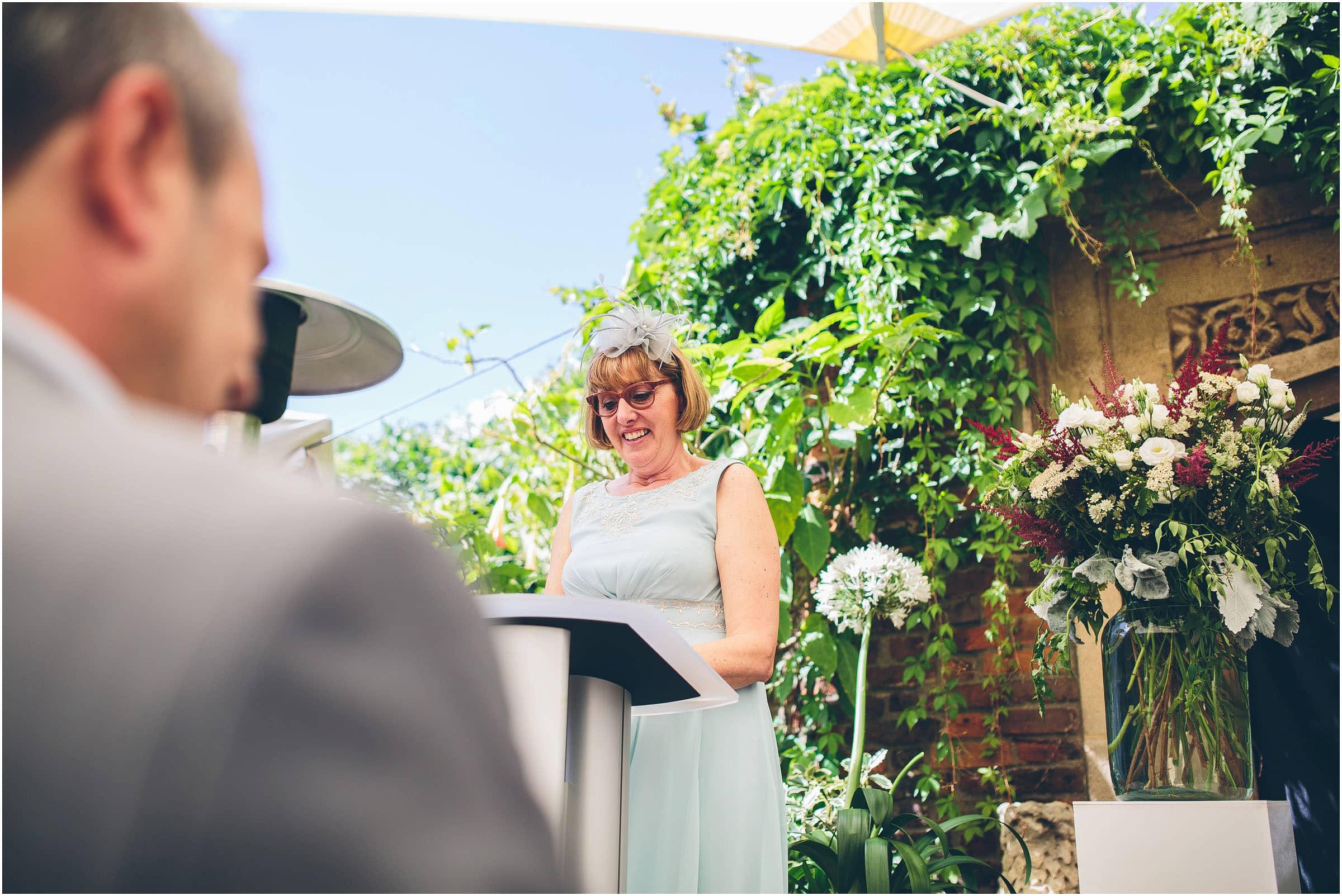 Kensington_Roof_Gardens_Wedding_Photography_0031