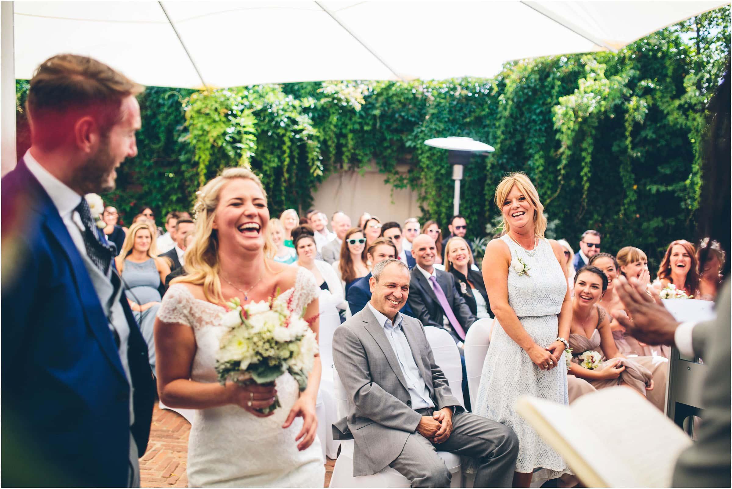 Kensington_Roof_Gardens_Wedding_Photography_0033