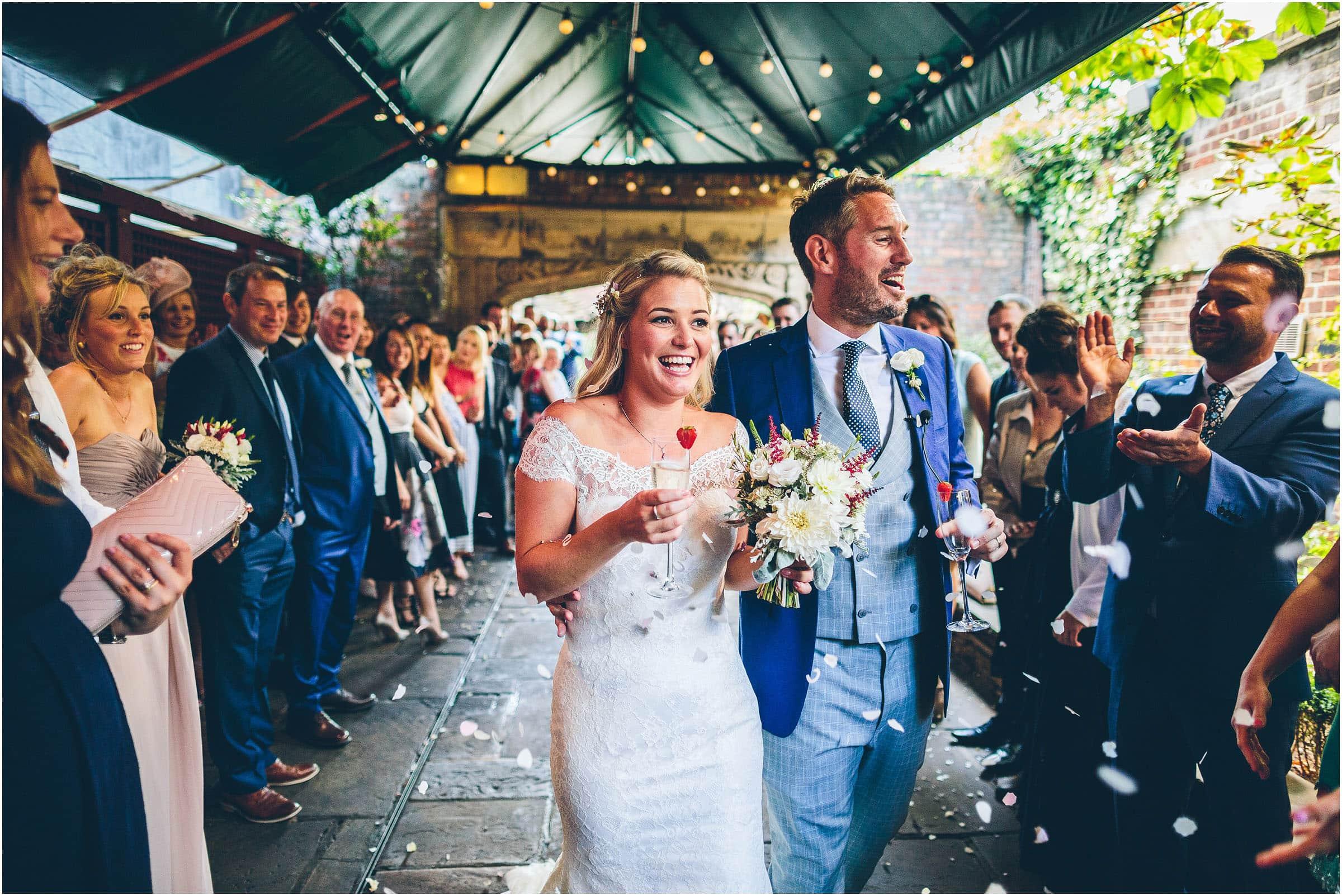 Kensington_Roof_Gardens_Wedding_Photography_0043