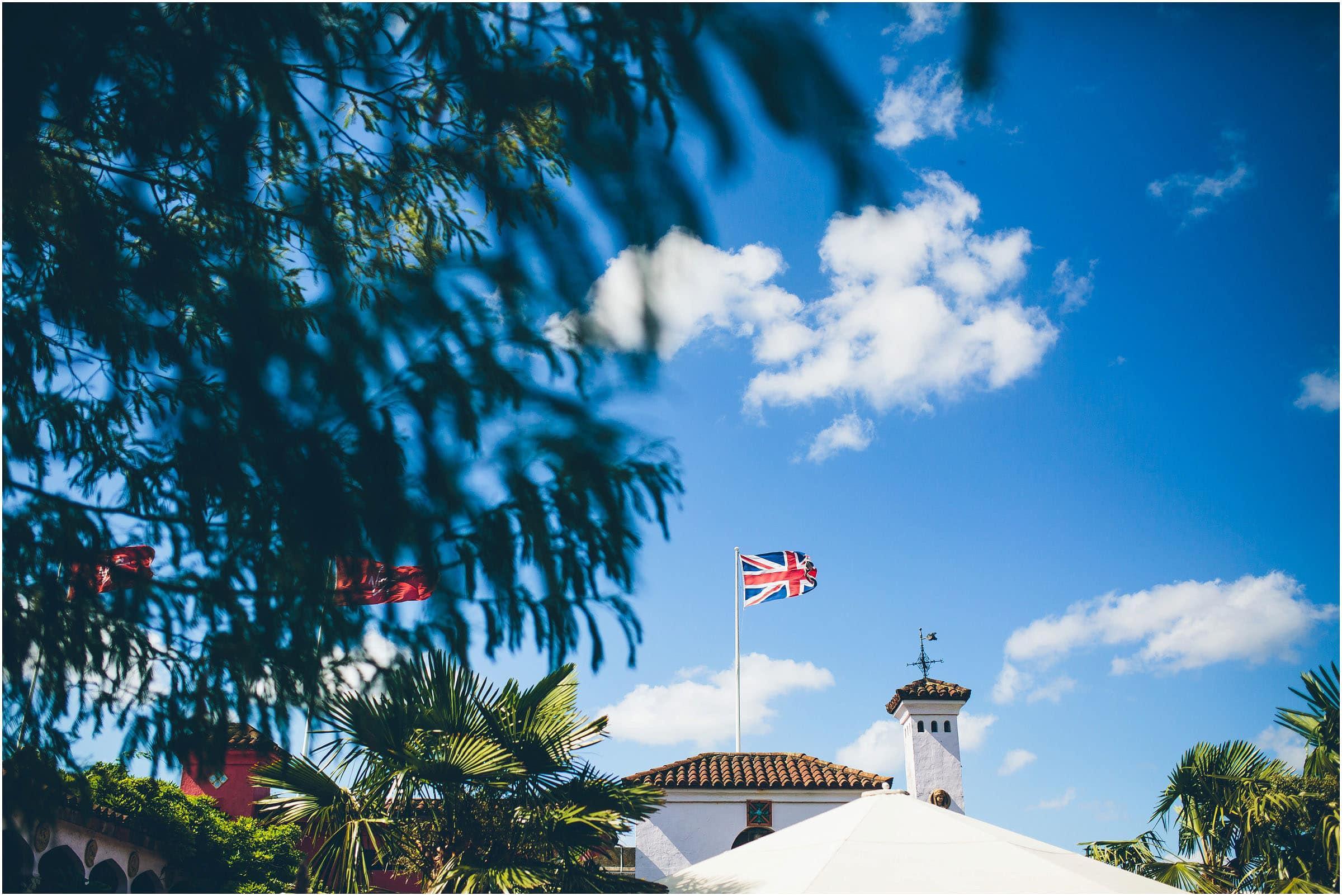 Kensington_Roof_Gardens_Wedding_Photography_0051
