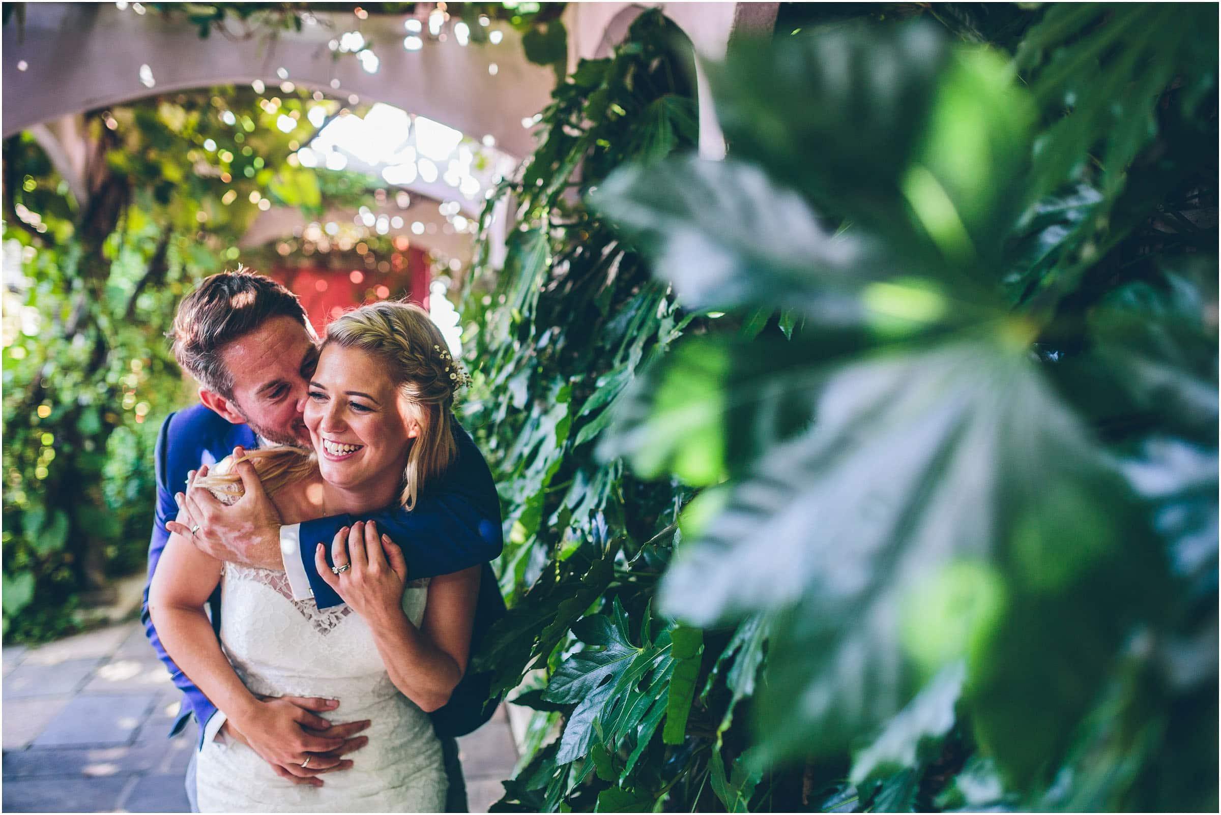 Kensington_Roof_Gardens_Wedding_Photography_0058