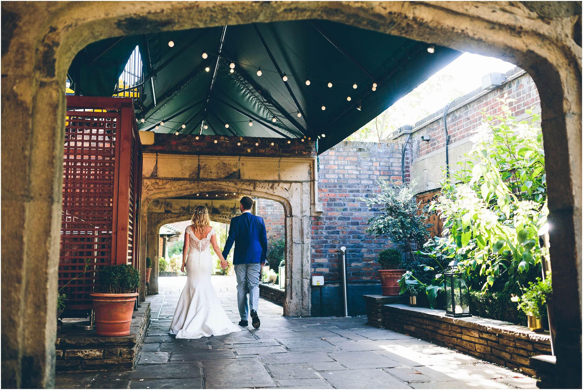 Kensington_Roof_Gardens_Wedding_Photography_0061