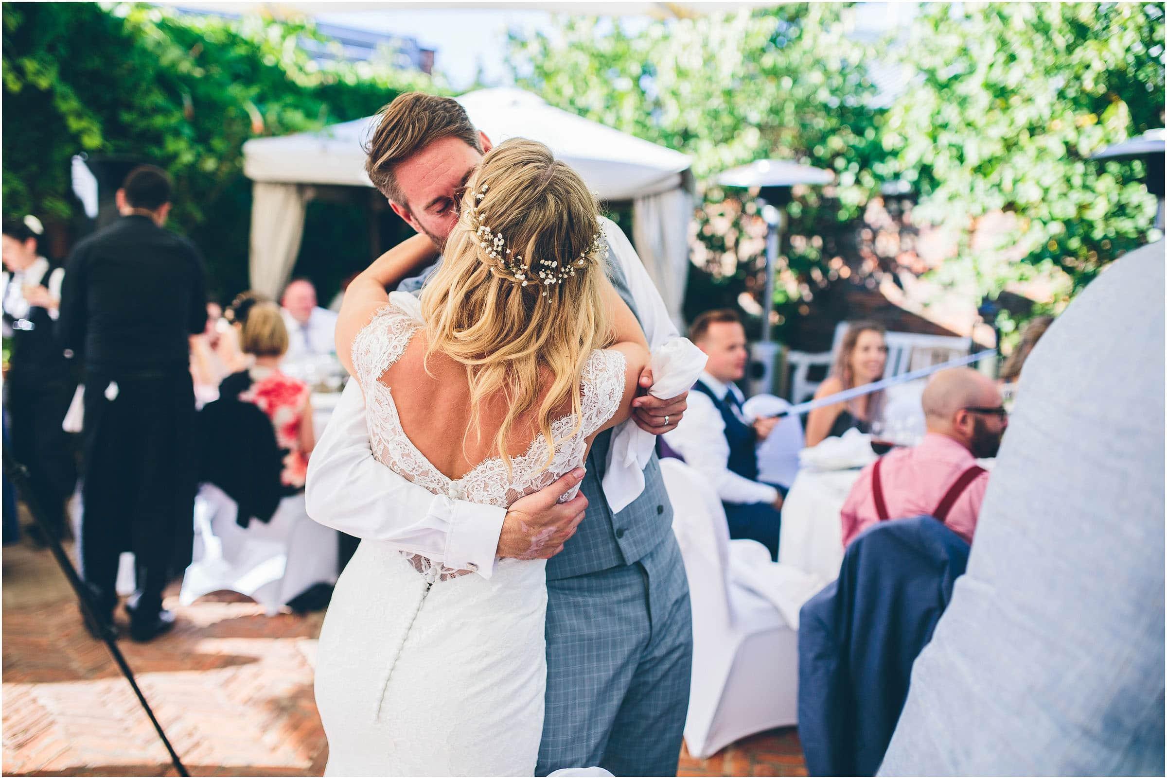 Kensington_Roof_Gardens_Wedding_Photography_0084
