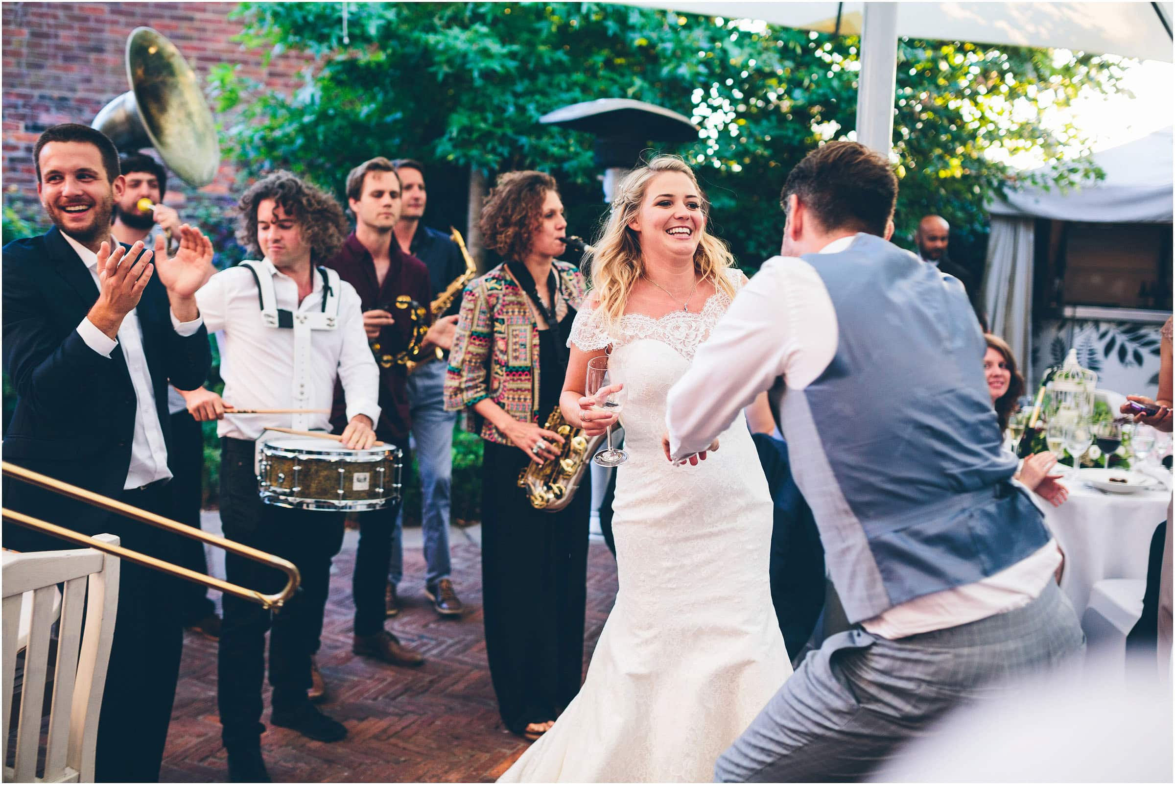 Kensington_Roof_Gardens_Wedding_Photography_0108