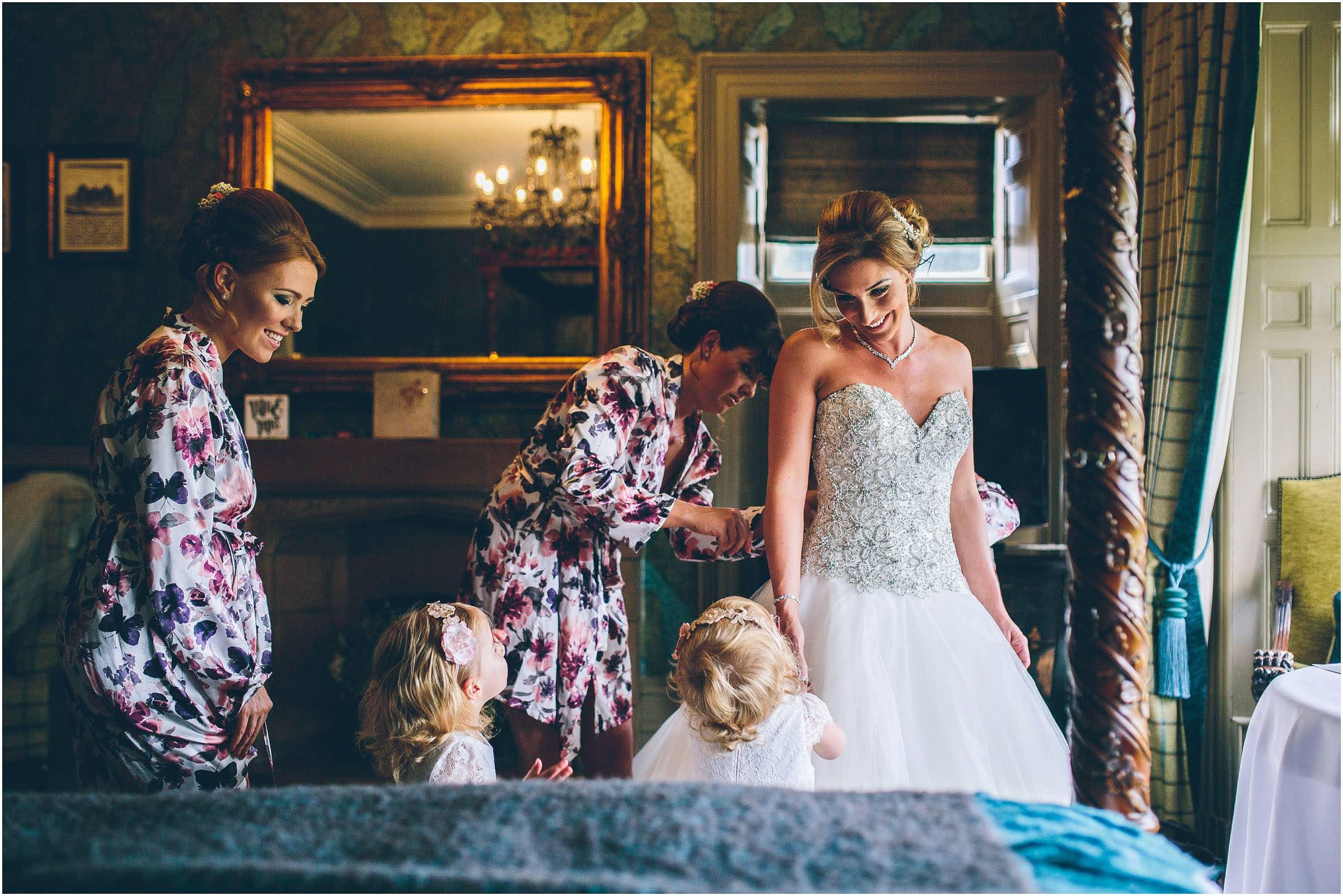 Mitton_Hall_Wedding_Photography_0032