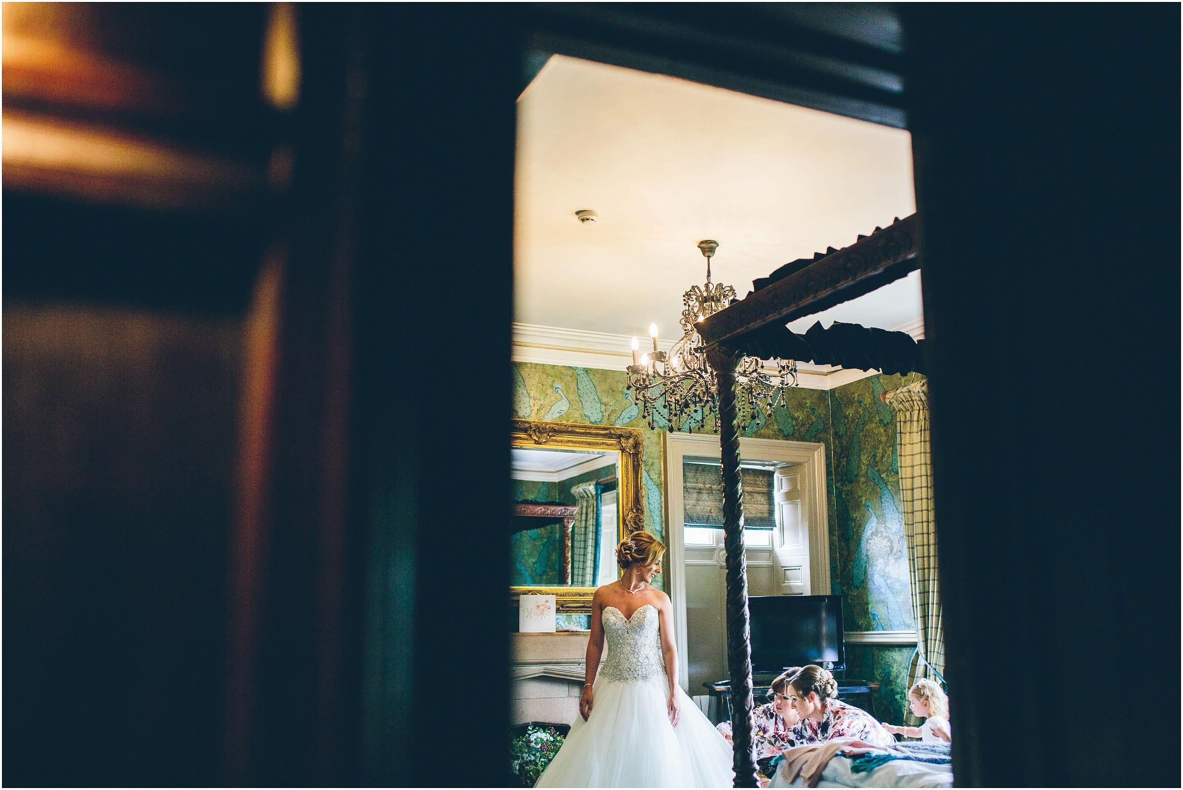 Mitton_Hall_Wedding_Photography_0035
