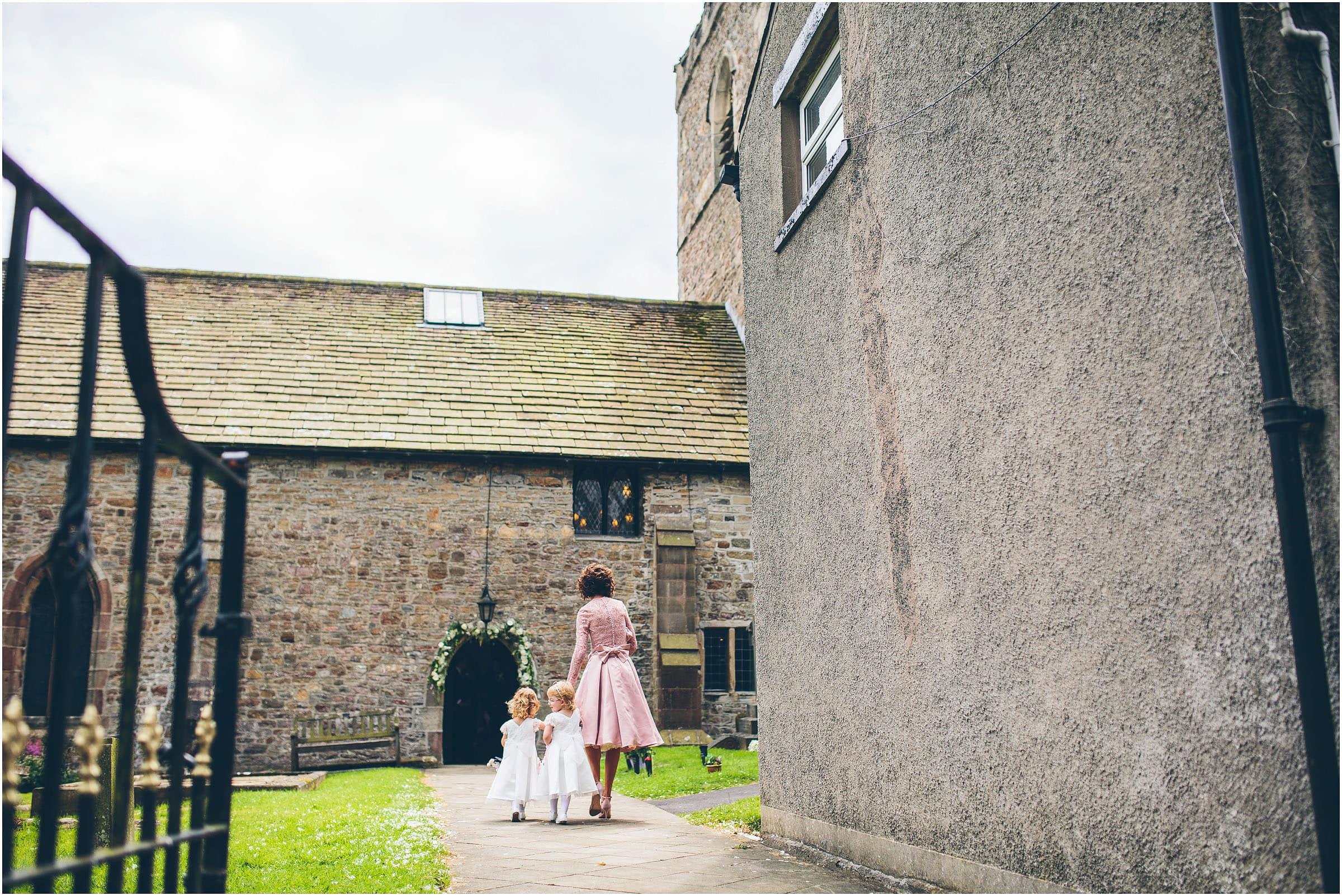 Mitton_Hall_Wedding_Photography_0038