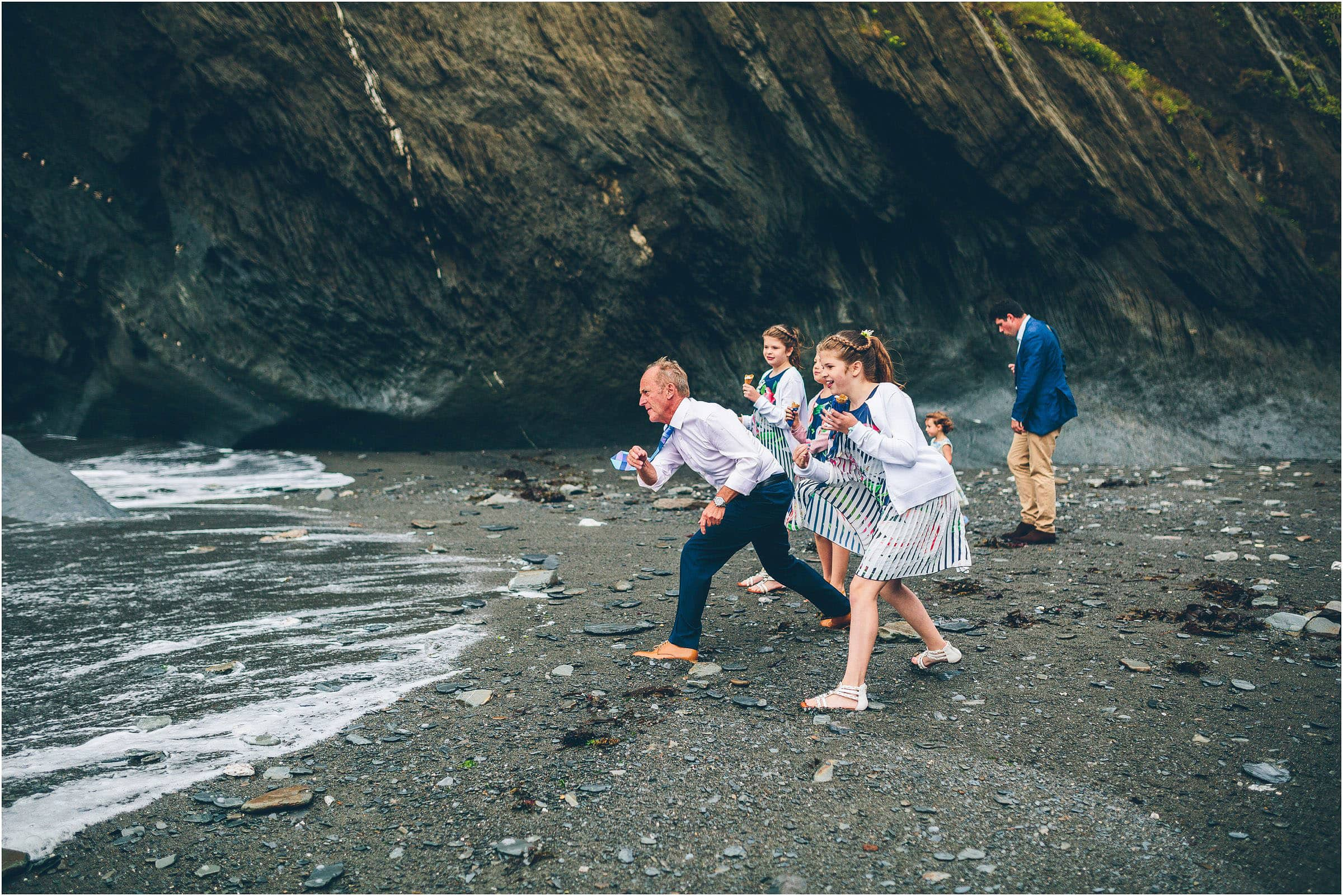 tunnels_beach_wedding_photography_0118