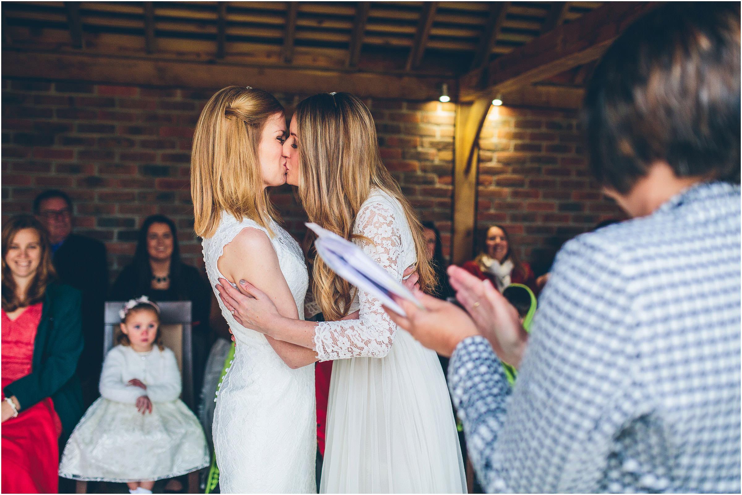 three_choirs_vineyard_wedding_photography_0054